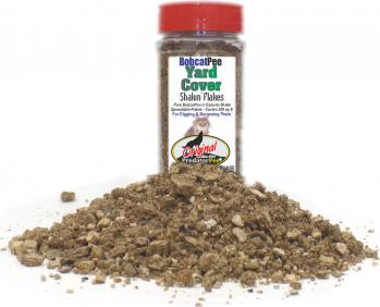 Bobcat Urine 16 oz Yard Cover Shakin' Flake Granules (200 sq ft/ jar)