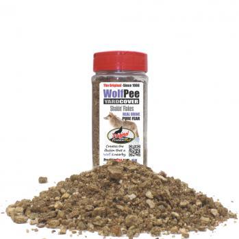 Wolf Urine 16 oz Yard Cover Flakes